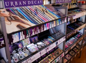 UrbanDecay_Display-300x220